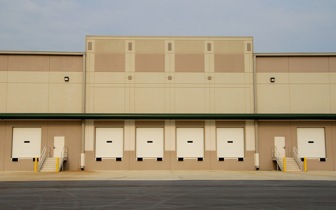 We paint warehouse buildings exterior and interior in Industry